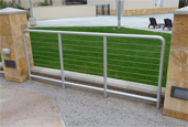 gate protection provided with aluminum stainless steel cable rail
